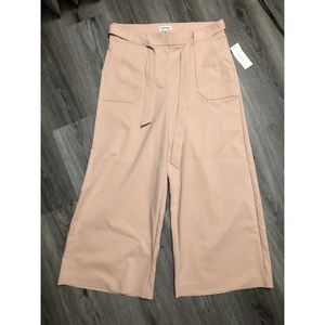NEW Calvin Klein Belted Wide Leg Culottes Blush